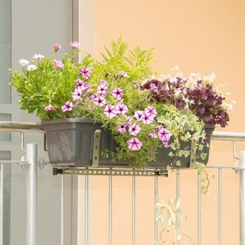 halterung f r k sten am balkon oder an gel ndern vario fix. Black Bedroom Furniture Sets. Home Design Ideas