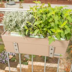 Haltebügel Balkonkastenhalter mit Strebe für Greenbar Kräuterbox